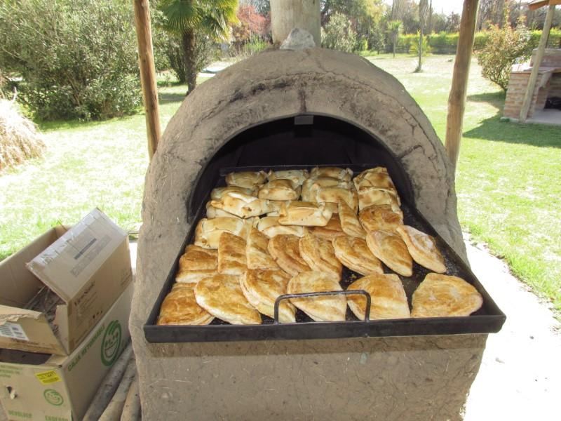 Empanadas en horno de barro